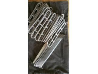 Kampeeruitrusting 38 x Dorema LADDERSPANNERS KORT 15 cm en 18 haingen  Evt verzende