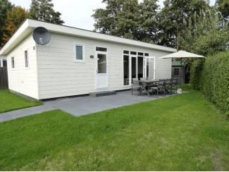 Chalets  op camping Stelleplas in Zeeland